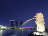 Singapore, Merlion Park, Merlion Fountain Photographic Print by Michele Falzone