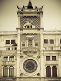 Torre Dell'Orologio (St Mark's Clocktower), Piazza San Marco, Venice, Italy 写真プリント : ジョン・アーノルド
