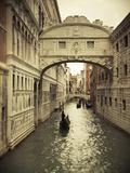 Bridge of Sighs, Doge's Palace, Venice, Italy Fotodruck von Jon Arnold