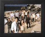 Lost (Group on Beach) Glossy Photograph - TV Framed Photographic Print