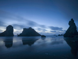 Cloud Streaks at Twilight over Bandon Beach and Face Rock, Pacific Ocean, Oregon, USA Photographic Print by David Cobb