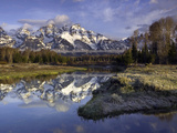 The Grand Tetons from Schwabacher Landing on the Snake River at Sunrise Fotografisk tryk af David Cobb