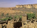 Dogon Village of Nombori and the Bandiagara Escarpment, Mali Fotografisk tryk af Gary Cook