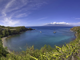 Sailboats and Snorkelers in Honolua Bay, Maui Photographic Print by David Fleetham