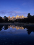 Teton Range Mirrored on a Beaver Pond Along the Snake River, Grand Tetons National Park, Wyoming Fotografisk trykk av Adam Jones