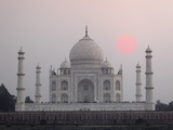 Taj Mahal at Sunset, Agra, India Papier Photo par Adam Jones