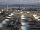 Aerial View of Oil Refinery and Storage Tanks Near Concord Cauquinez Strait of the San Francisco Impressão fotográfica por Marli Miller