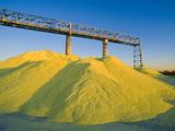 Stockpiled Sulfur Photographie par David Nunuk