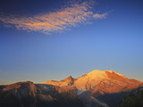 Mount Rainier Lit by Golden Morning Light, Mount Rainier National Park, Cascade Range, Washington Photographic Print by Geoffrey Schmid