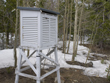 A Weather Instrument Shelter in the Niwot Ridge Long-Term Ecological Research Site in Colorado Fotografie-Druck von Jon Van de Grift