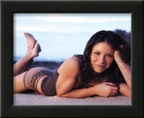 Lost (Kate Austen on Beach) Glossy TV Photo Photograph Print Framed Photographic Print