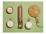 Scott's Compass, Thermometer, Sundial, Barometer and Altitude Scale Used on Antarctic Expedition Giclée-Druck