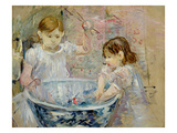 Children at the Basin, 1886 Giclee Print by Berthe Morisot