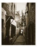 Close, 101 High Street, Glasgow, C.1878 (B/W Photo) Giclee Print by Thomas Annan