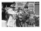 Buying Easter Flowers in Union Square, New York Print