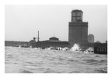 Battery in New York, Manhattan Buffeted by Ocean Waves Print