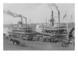 Two Steamboats Along the Levee at the Mississippi River Premium Giclee Print
