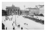 Pariser Platz and Brandenburger Thor (Paris Place and Brandenburg Gate) Poster