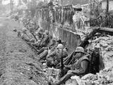 Vietnam War US Marines Hue Photographic Print by  Associated Press