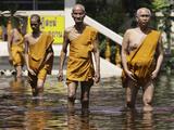 APTOPIX Thailand Floods Photographic Print by Aaron Favila