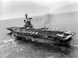 Vietnam War USS Aircraft Carrier Stampa fotografica di  Holloway