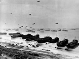WWII Normandy Invasion Omaha Photographie par  Anonymous