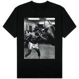 Nyrkkeilijä Muhammad Ali, treenaa Leon Spinksin nyrkkeilyottelua varten T-paidat