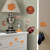 University of Oregon Peel &amp; Stick Wall Decals Wall Decal