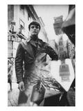 GQ - October 1968 Regular Photographic Print von Leonard Nones