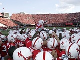 University of Nebraska - Nebraska Cornhuskers Football Huddle Foto