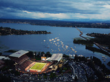 University of Washington - Aerial View of Husky Stadium Fotografisk tryk af Jay Drowns