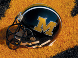 University of Missouri - Missouri Football Helmet Sits at Memorial Stadium Foto af Sarah Becking