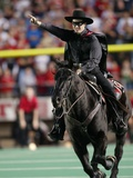 Texas Tech University - The Masked Rider at the Texas Tech Football Game Fotografisk tryk af Norvelle Kennedy