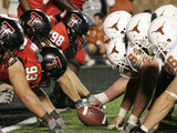 Texas Tech University - Red Raiders Go Head to Head with the Longhorns Fotografisk tryk af Norvelle Kennedy