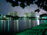 University of Miami - Miami Residence Halls at Night Fotografisk tryk