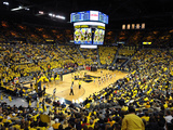 University of Michigan - Michigan Basketball in the Crisler Center Fotografisk tryk af Lance King
