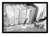Roy Takeno's Desk Affiches par Ansel Adams