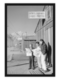 Manzanar Free Press 高品質プリント : アンセル・アダムス