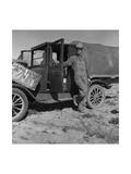 Tenant Farmer Moves to California Poster af Dorothea Lange