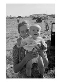 Potato Picking Mother with Baby Premium Giclee Print by Dorothea Lange