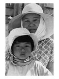 Japanese Mother and Daughter, Agricultural Workers Plakater af Dorothea Lange