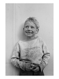 Migrant Child in Shafter Camp Posters af Dorothea Lange