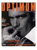L'Optimum, November 1998 - Antonio Banderas Porte une Veste de Smoking et une Chemise Gucci Affiches par André Rau