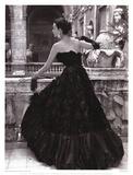 Vestido de noche negro, Roma 1952 Láminas por Genevieve Naylor