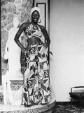 Natalie Cole Shows Off Her Stylish Outfit, 1973 Photo Photographic Print by Isaac Sutton