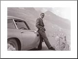 James Bond - Aston Martin Druck aufgezogen auf Holzplatte