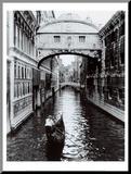 Kanal in Venedig Druck aufgezogen auf Holzplatte von Cyndi Schick