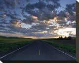 La Palouse Steptoe Road at Dawn Stretched Canvas Print by Richard Desmarais