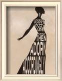 Text dress - La robe en lettres capitales Art par Lisa Vincent
