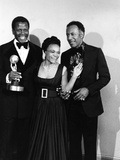 Actress Eartha Kitt poses with Sidney Portier and Raymond St. Jacques at the NACCP Awards Banquet i Photographic Print by Isaac Sutton